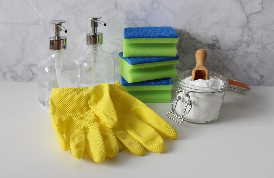 Spring-Cleaning-Guide-to-Making-your-Tiles-Shine.jpg